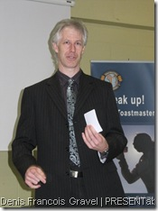 Denis Francois Gravel giving a Leadership Workshop session for Toastmasters (picture)